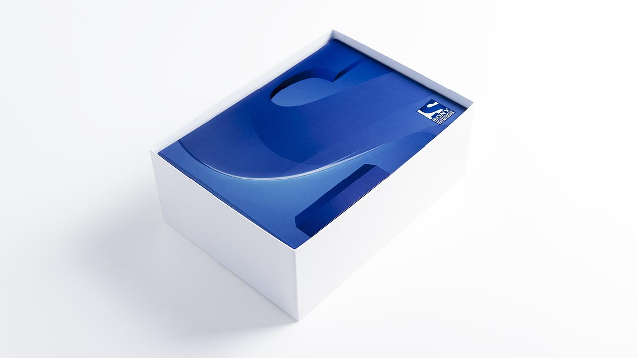 SONY Entertainment Television, launch press kit box opened, side view